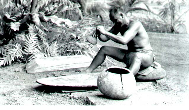 Waikiki Poi Making, 1940