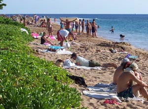 Crowded Kaanapali Beach